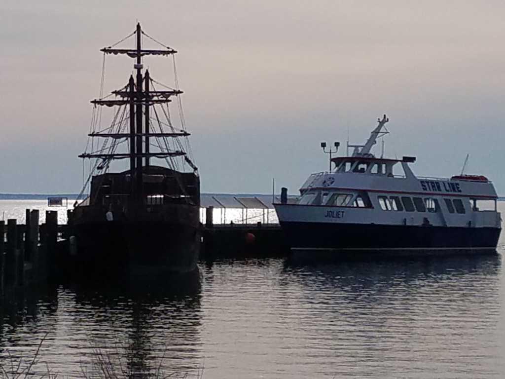 Boat Ferries Mackinac Island